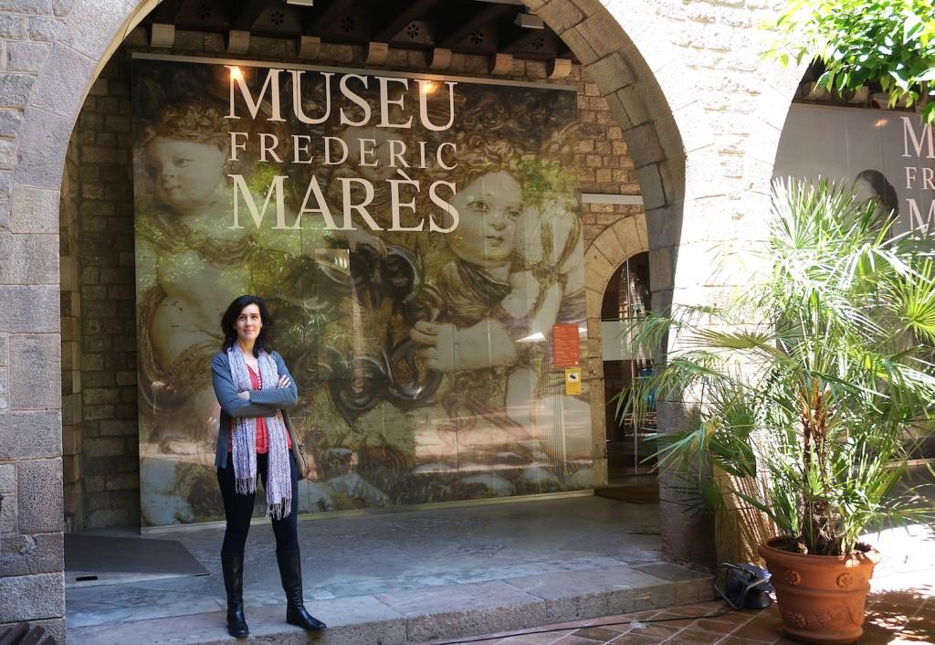 Nuria Pique, painting restorer for Museu Frederic Mares